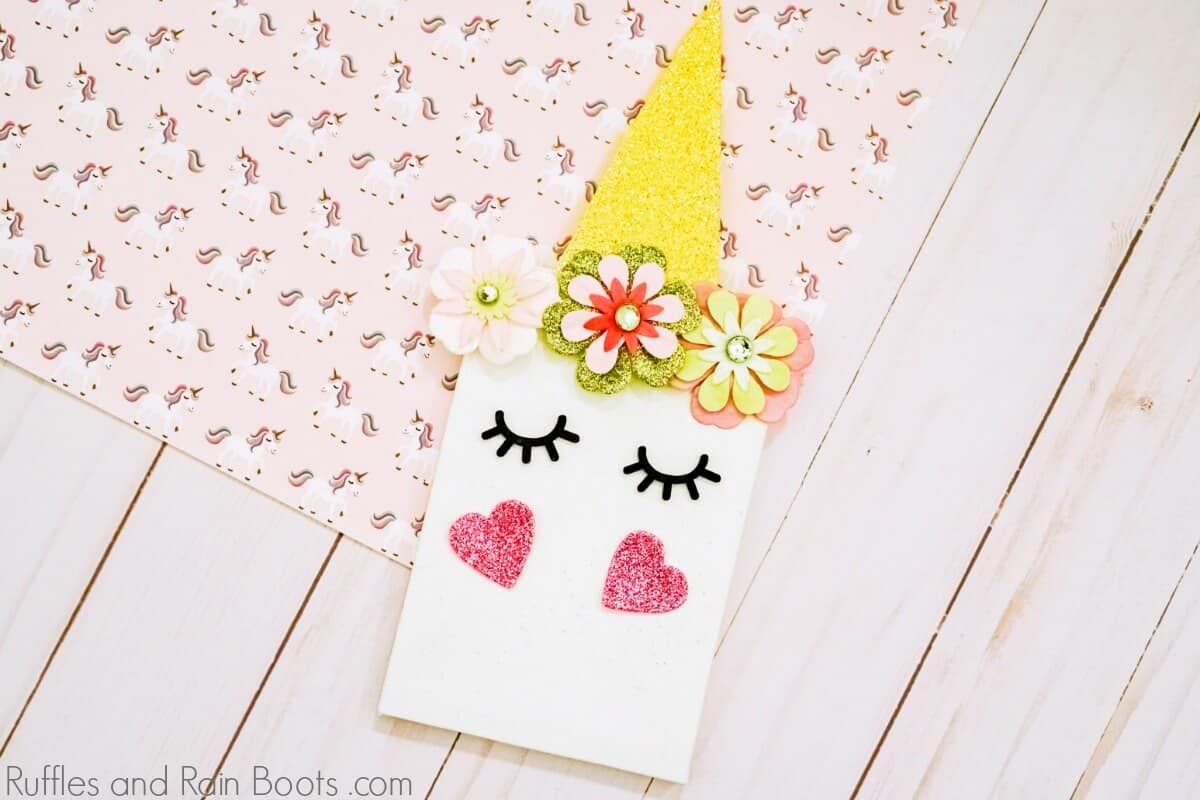 Make This DIY Unicorn Canvas for a Quick Kid's Craft