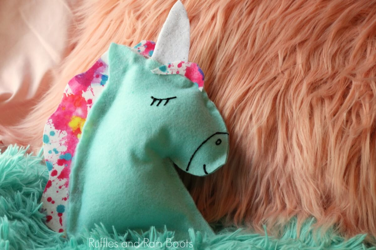 finished images of DIY unicorn craft