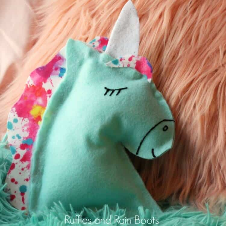 No-Sew Unicorn Pillow Craft for Kids – Fun and Crafty!