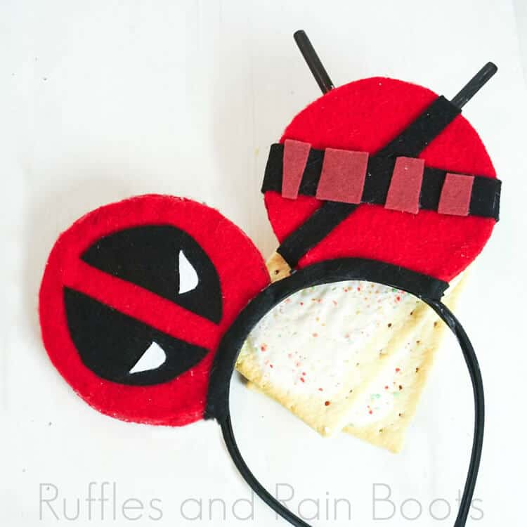 Make These Deadpool Mickey Ears for Your Next Trip to Disney