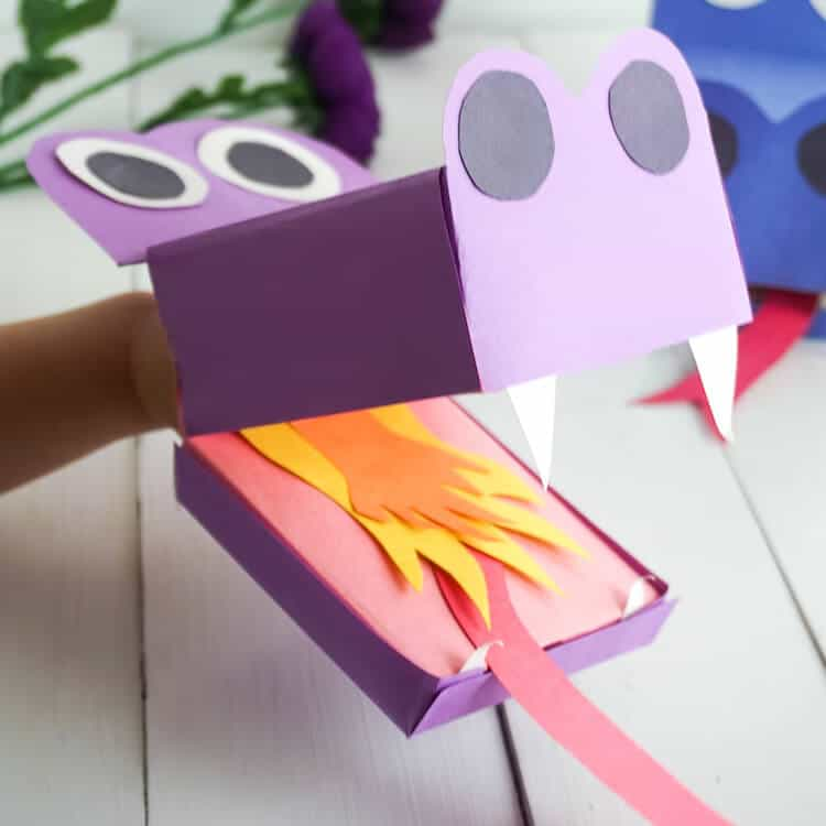 This Easy Paper Dragon Puppet is a Fun Summer Activity