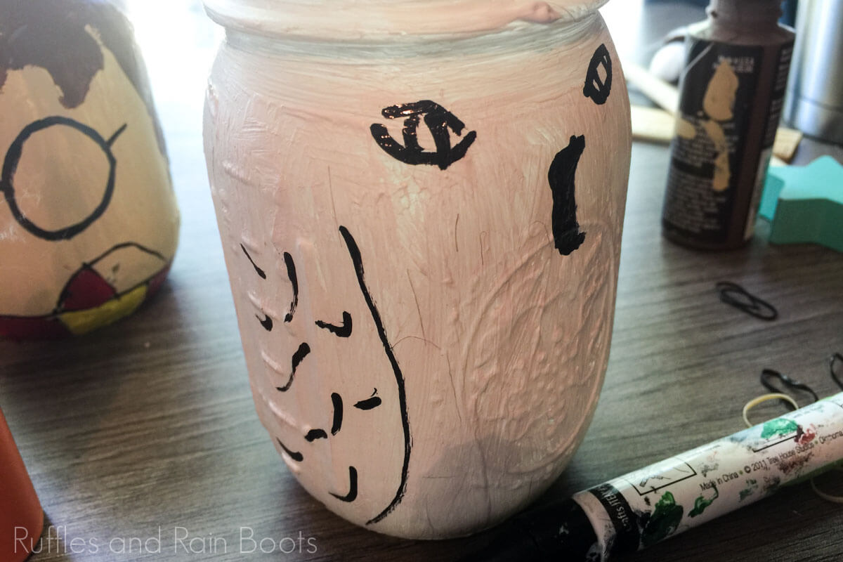 tutorial to make a harry potter hedwig school supply organization jar