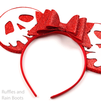 These Evil Queen Poison Apple Minnie Ears are so Easy!