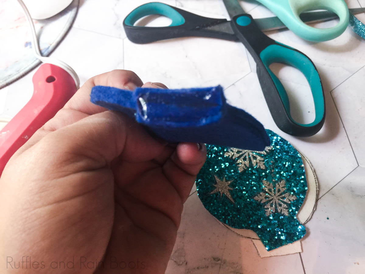 how to make frozen mouse ears Step 6 glue tabs