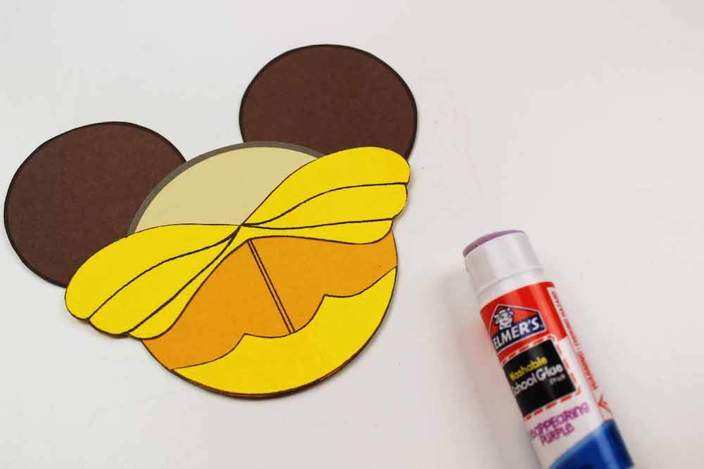 how to make beauty and the beast ornaments for christmas how to glue on the bodice for belle's dress for the beauty ornament