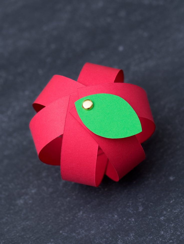 Make Your Own Easy Paper Apple Craft with Free Printable Template