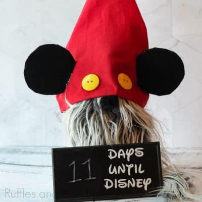 This is the Cutest Disney Countdown Gnome Ever!