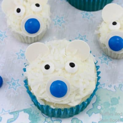 These Polar Bear Cupcakes are Perfect for a School Party!