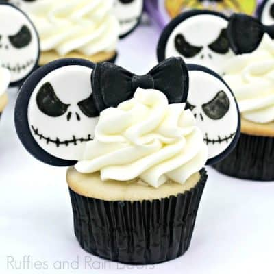 Make These Easy Jack Nightmare Before Christmas Cupcakes!