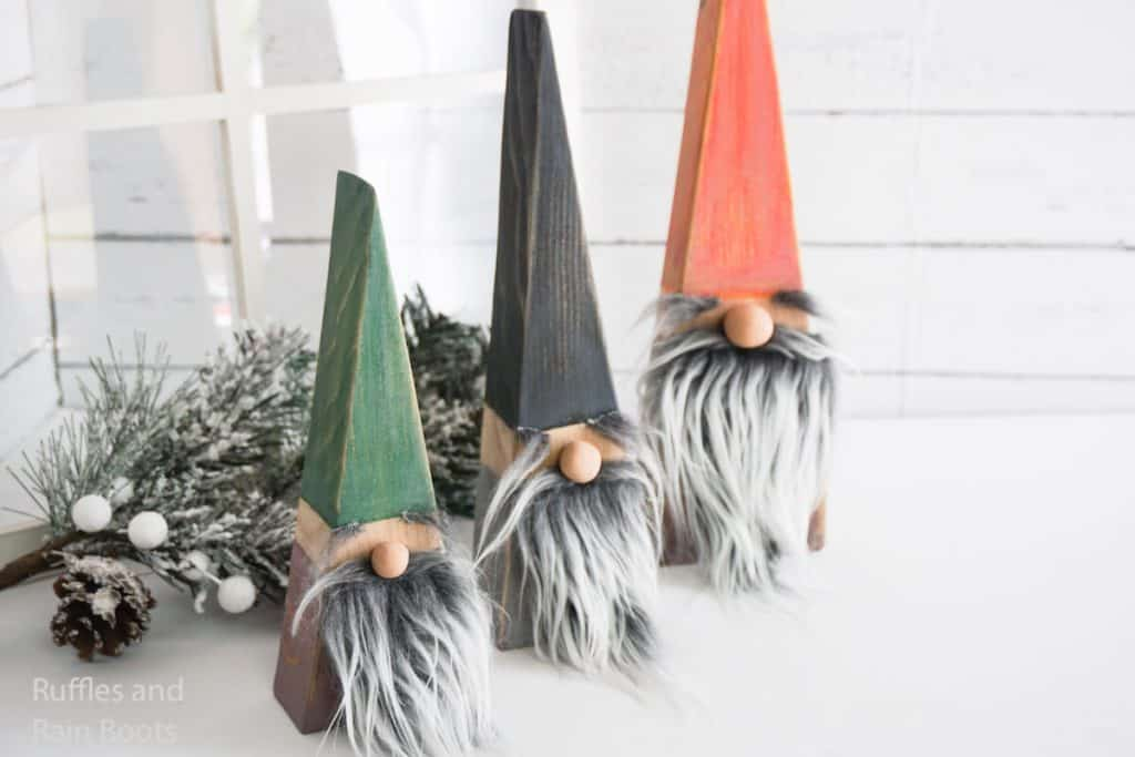 how to make gnomes from 2x4 wood for the mantle
