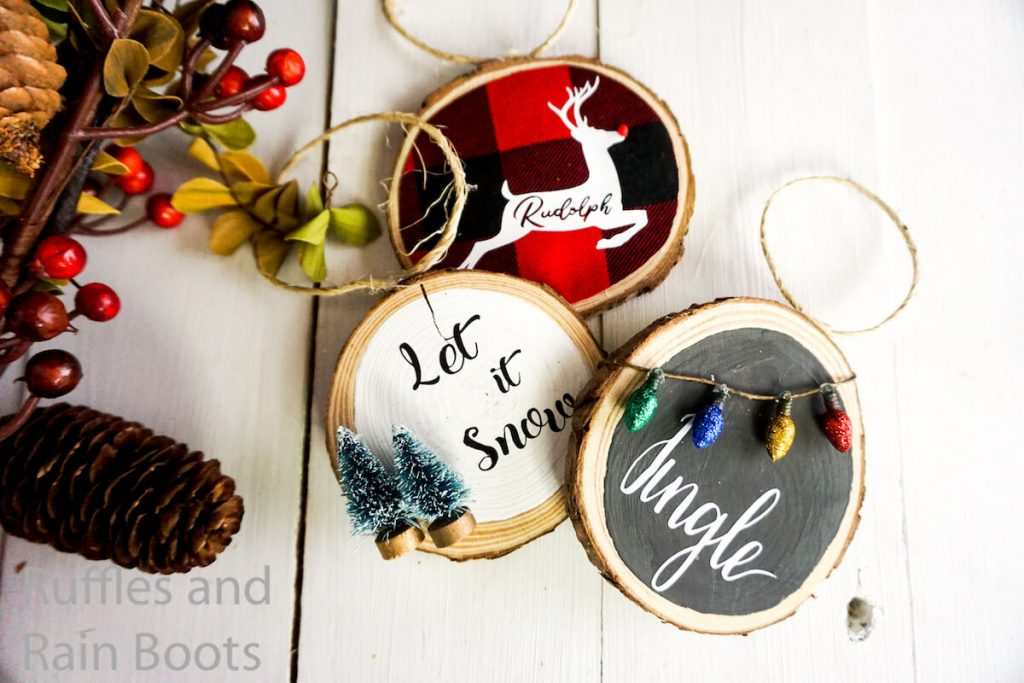 how to make christmas ornaments with wood rounds
