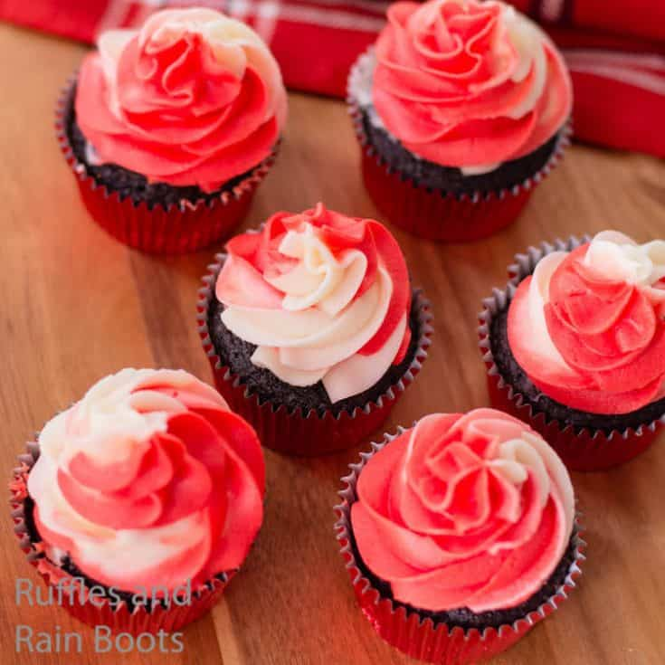 christmas cupcake recipe with red and white icing