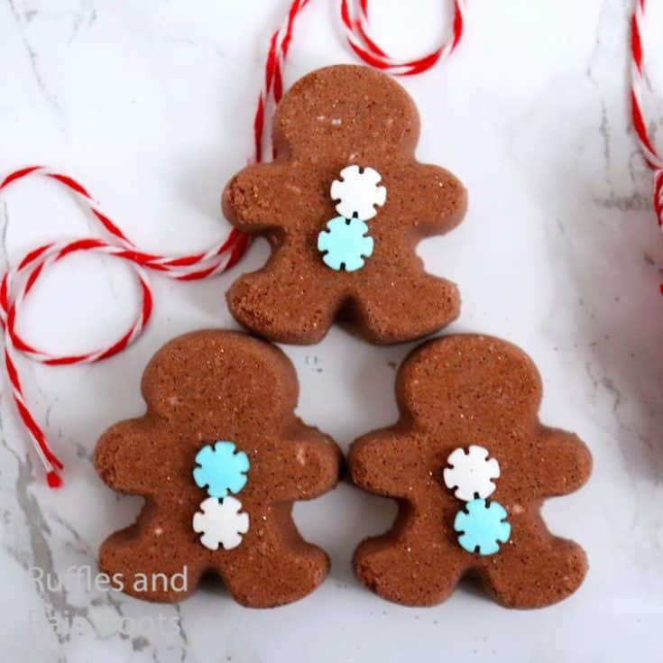 how to make gingerbread man bath bombs for christmas gifts