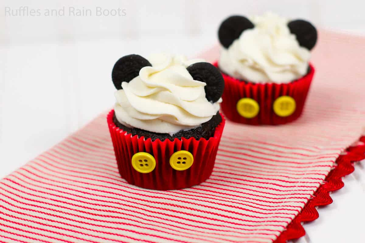 how to make easy mickey cupcakes