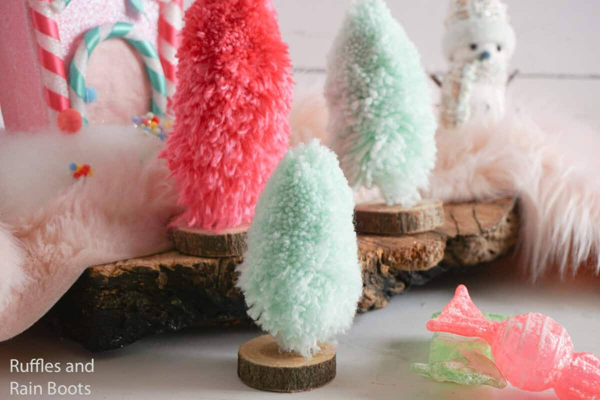 how to make yarn christmas trees for the mantle alternative to sisal trees