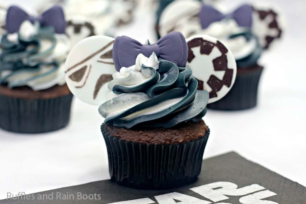 how to make storm trooper cupcakes