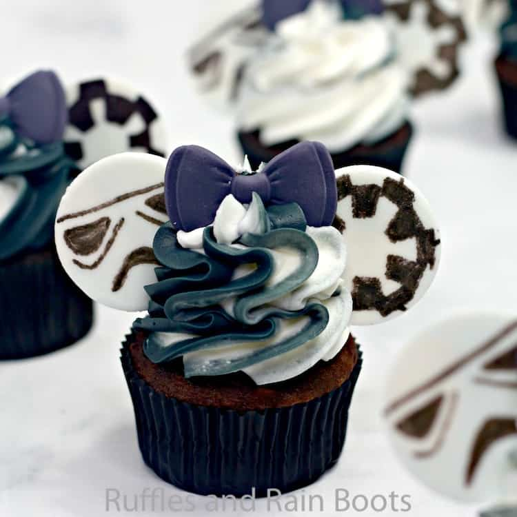how to make star wars storm trooper cupcakes
