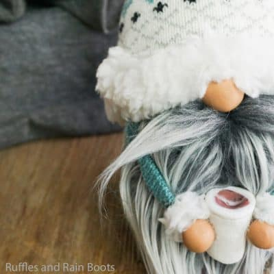 How to Make a Gnome – Sock Gnome Holding a Coffee Cup