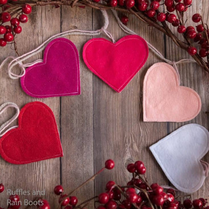 how to make a valentines day garland with free cut files