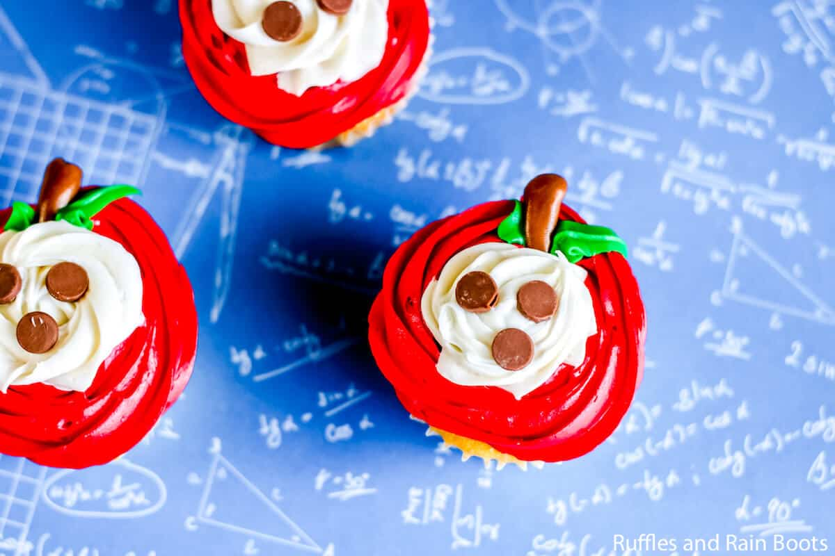 make easy apple slice cupcakes in minutes