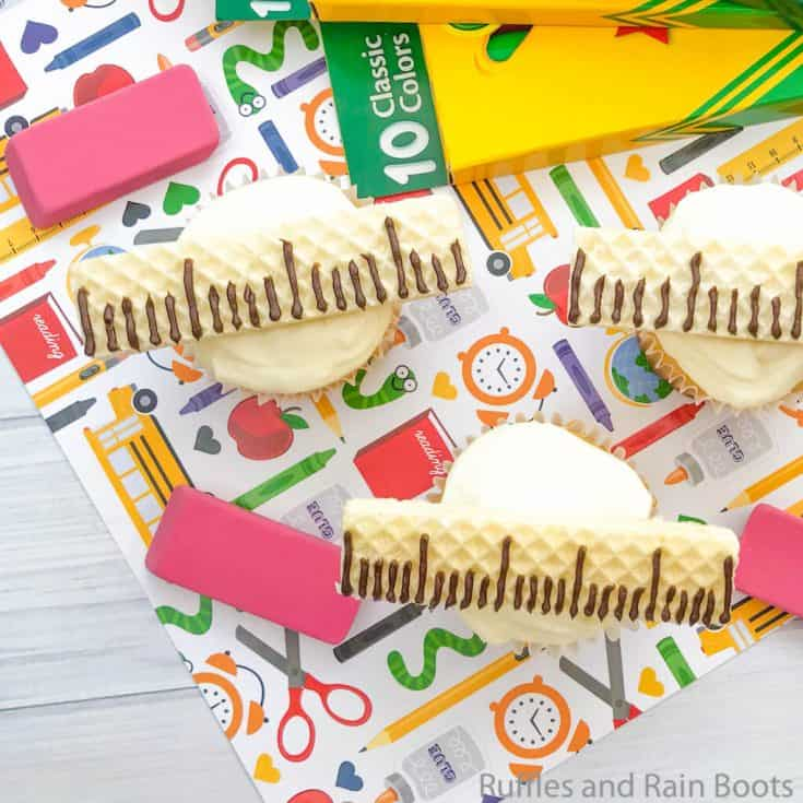 how to make a ruler cupcake for teachers