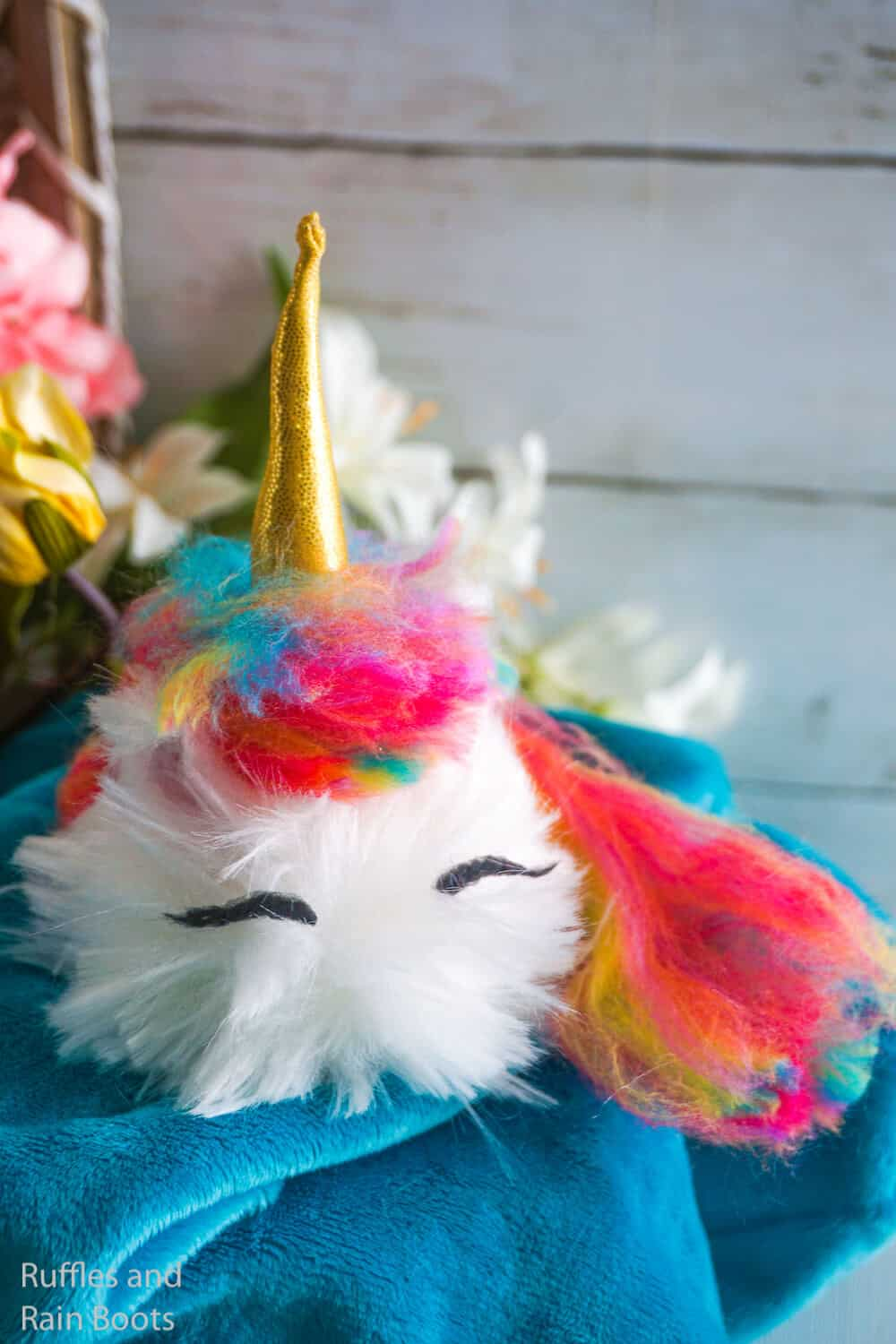 how to make a unicorn pom pom pet