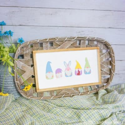 Check Out This Clever DIY Seasonal Gnome Sign with Storage