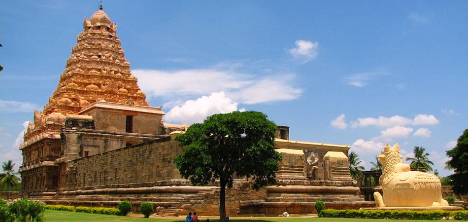02_Gangaikondacholapuram_Temple_Rustik_Travel_950_450