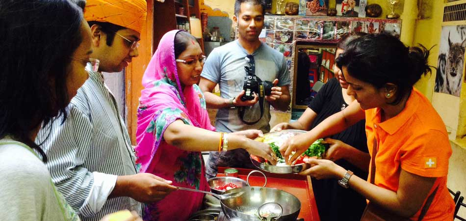 04.-Cooking_Classes_in_Rajasthan_Rustik_Travel_950_450
