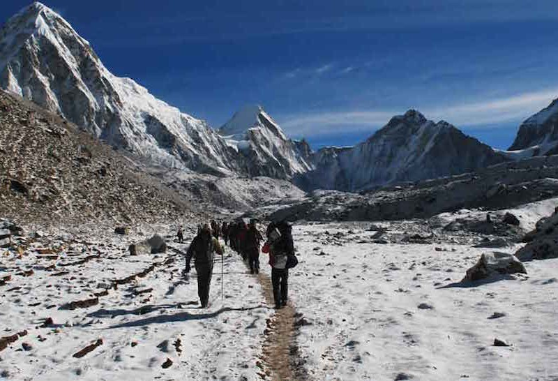 Everest_Base_Camp_Trek_Rustik_Travel