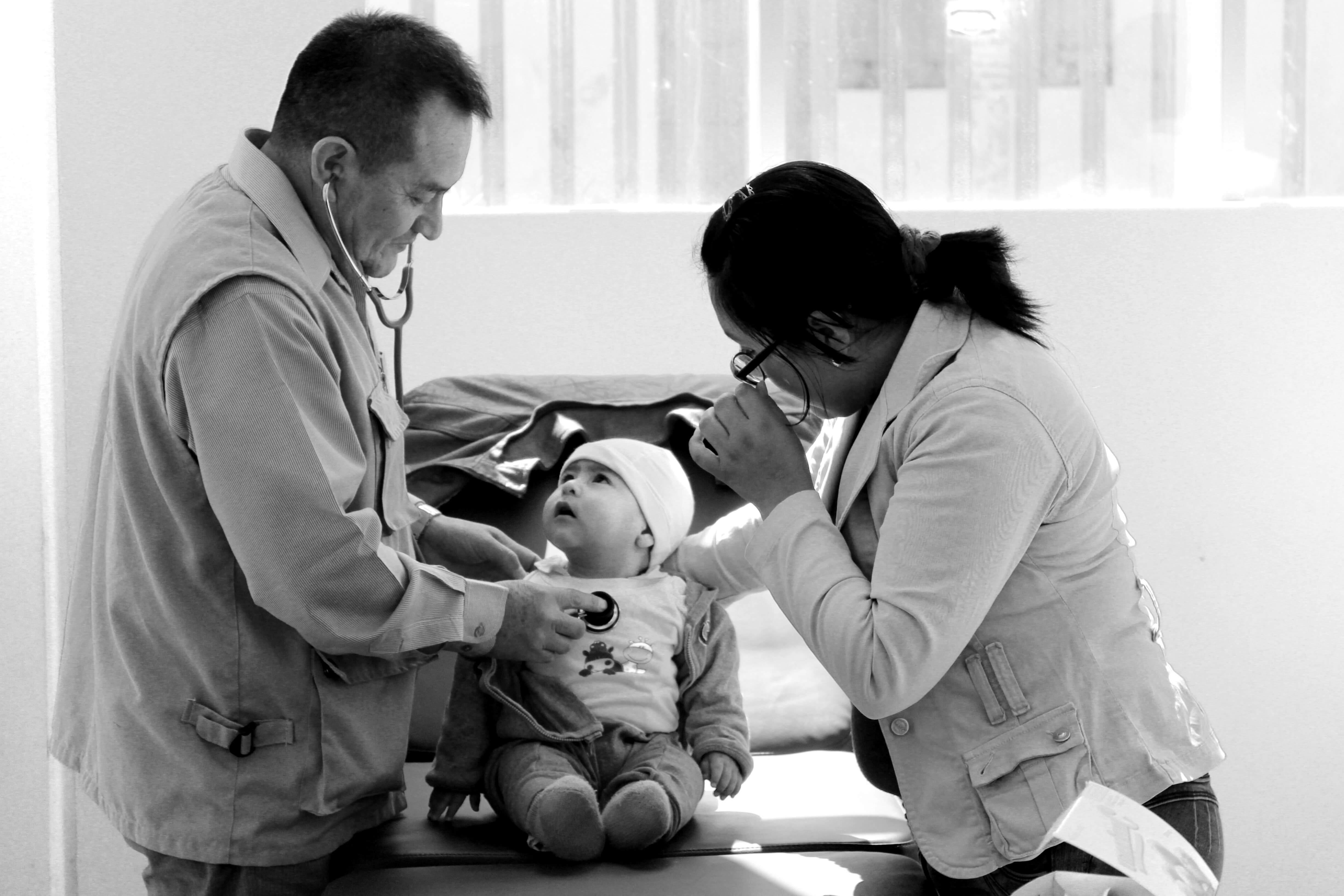 Social responsibility with babies - Classic Alpaca Peru