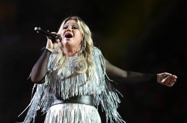 Singer-songwriter Kelly Clarkson performs during the opening night ceremony at Arthur Ashe Stadium during Day One of the 2018 US Open Tennis Championship