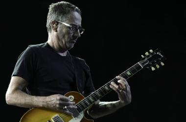 Pearl Jam guitarist Stone Gossard performs at the BB&T Center. Mandatory Credit: Ron Elkman/USA TODAY NETWORK