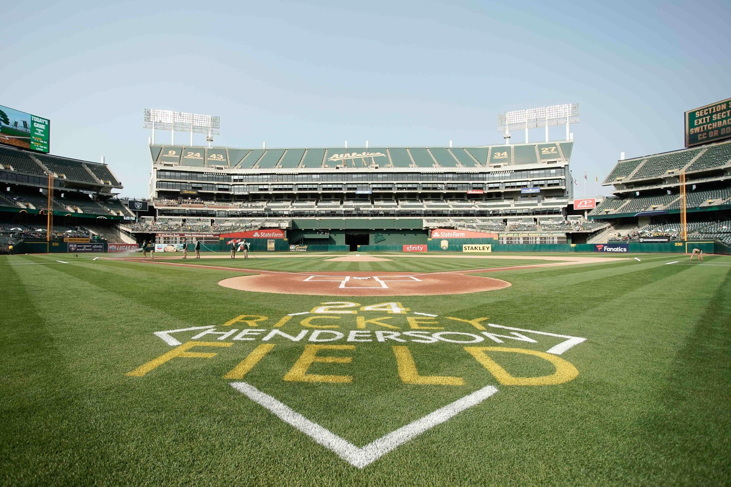 Oakland A's to honor Bill King with commercial-free ...