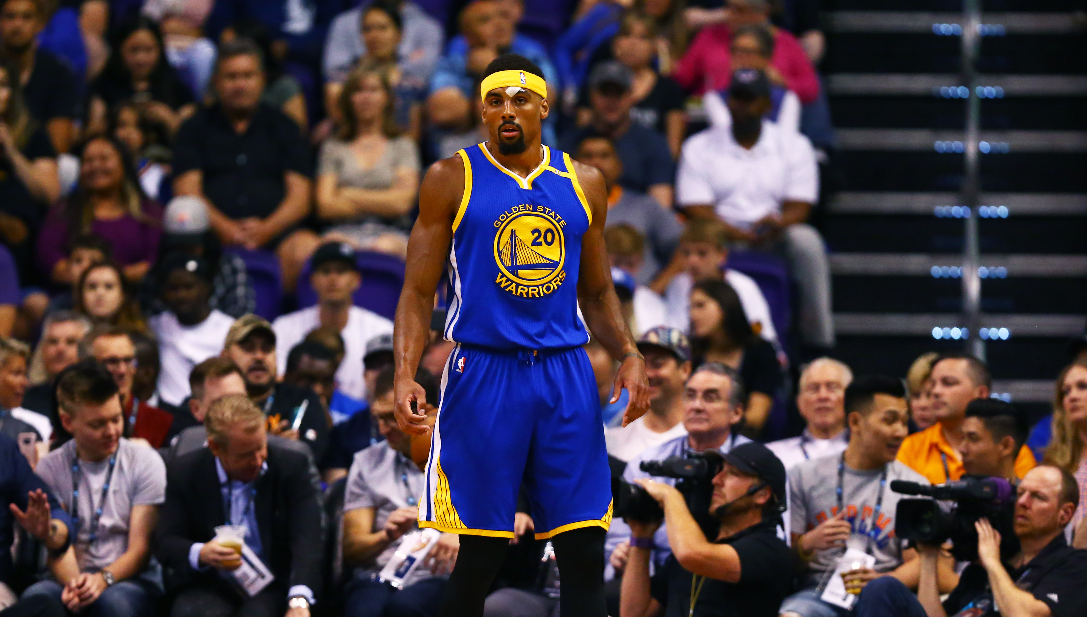 Report: Warriors won't extend qualifying offer to McAdoo ...