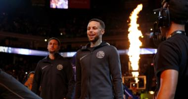 Warriors clear Curry to practice, aim for return later this week