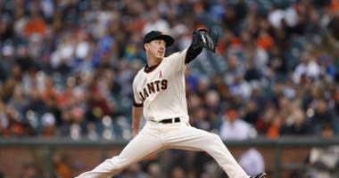 Lincecum joins Rangers, 'apologizes' for beating them in the World Series