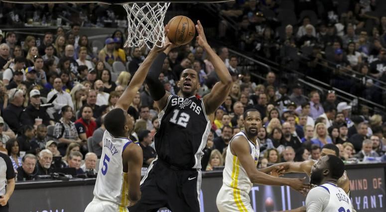 Curry-less Warriors whiff chance to close out Spurs