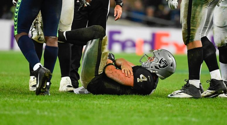 All eyes on Derek Carr as locker-room 'fracture' surfaces