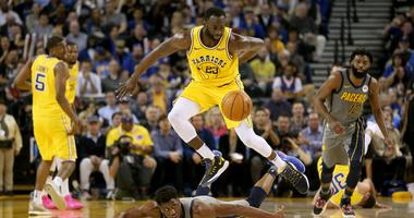 Lively crowd and engaged defense carries Warriors to big win over Pacers