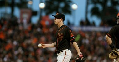 Bochy says Giants have not discussed Lincecum reunion, but is open to idea