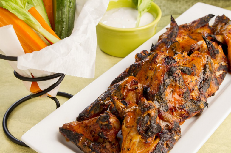 Video recipe tasty grilled buffalo wings 971 charlie video recipe tasty grilled buffalo wings forumfinder Choice Image