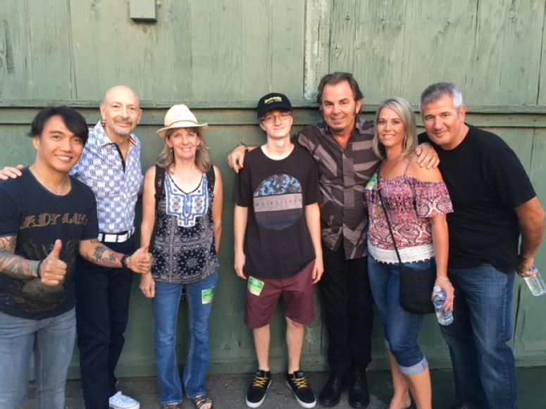 Meet greet with journey eagle 969 fm meet greet with journey members arnel pineda jonathan cain and steve smith m4hsunfo