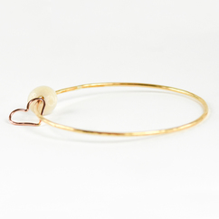 Puka Shell Heart Bangle Gold