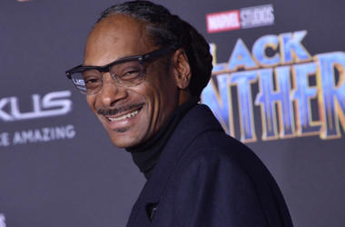 "Snoop Dogg arrives at the Marvel Studios' ""Black Panther"" Los Angeles Premiere held at The Dolby Theatre in Hollywood, CA on Monday, January 29, 2018."