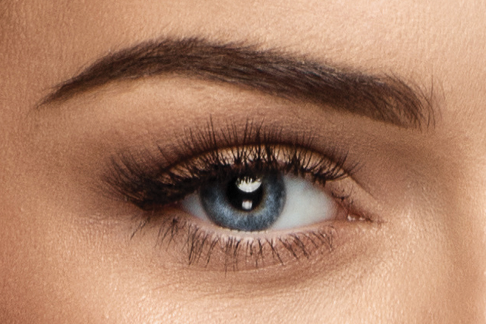 Sculpted eye makeup look using Japonesque Velvet Touch Eyeshadow Palette Dual ended brow pencil is also featured as a key product used in this tutorial.