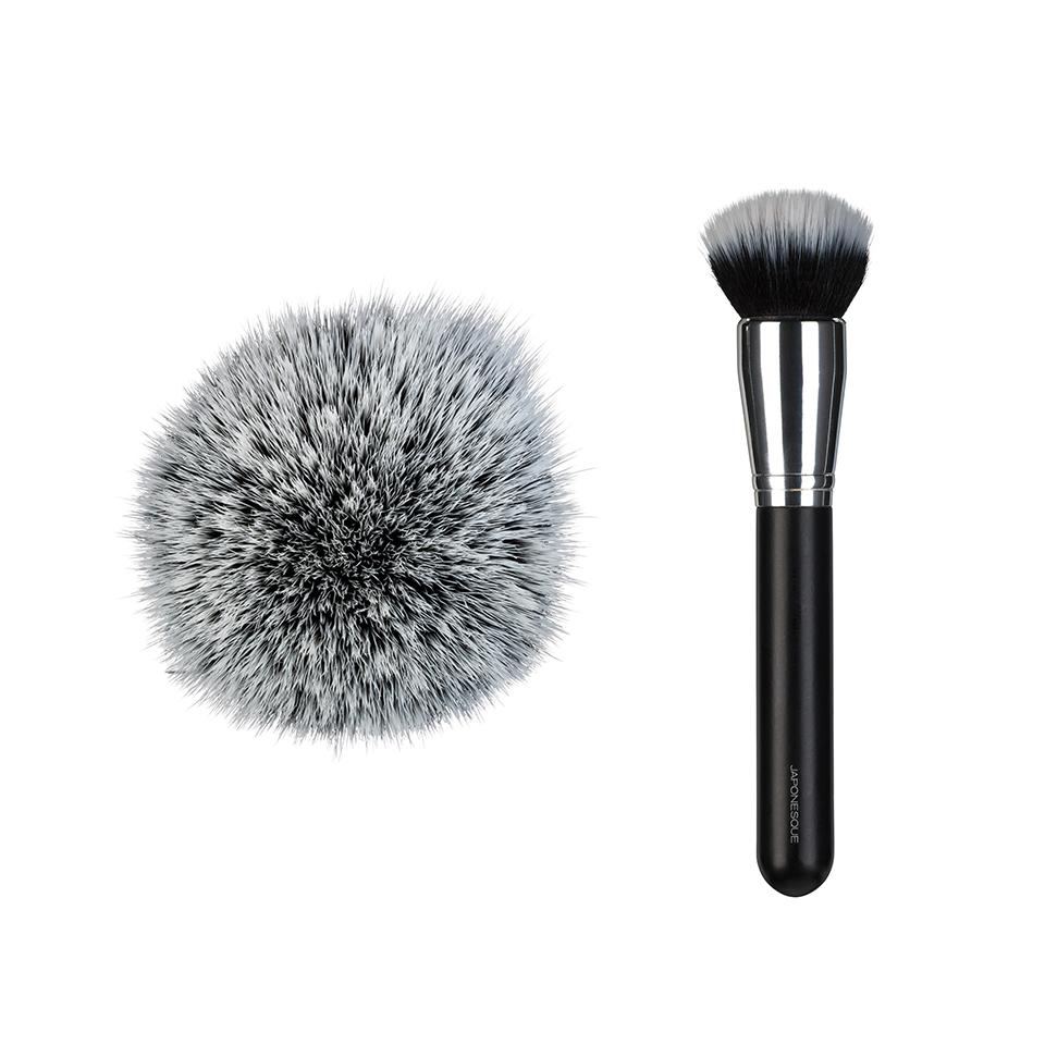 BB/CC-cream-brush-shape