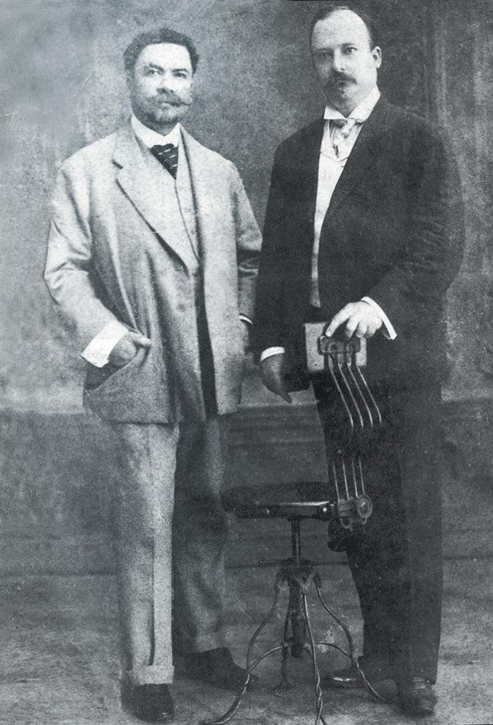 Rubén Darío junto al doctor Luis H. Debayle, su médico y además uno de sus mejores amigos. LA PRENSA/ ARCHIVO DE MAGAZINE