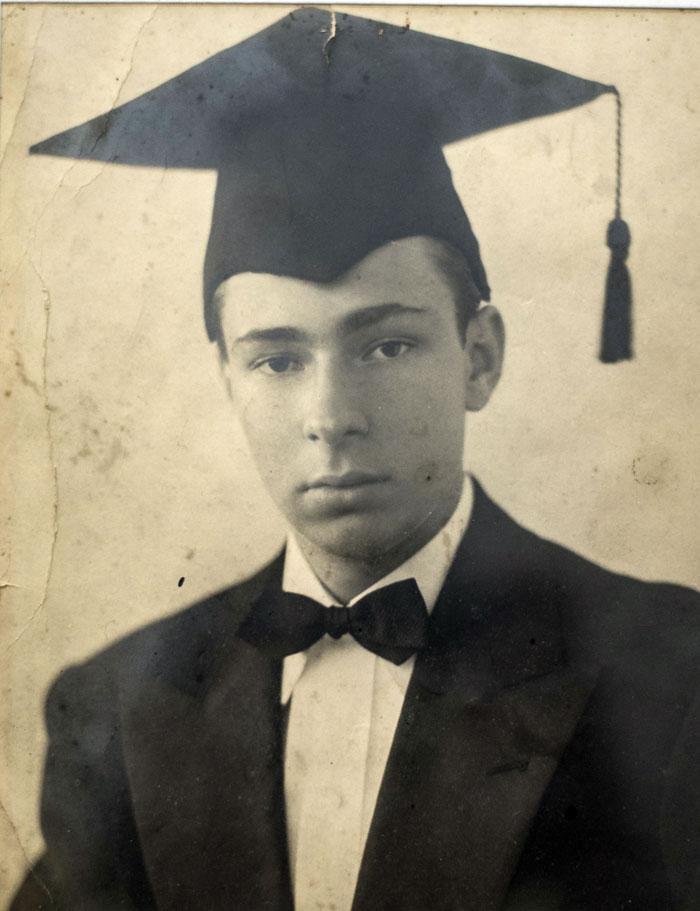Pedro Joaquín Chamorro en su bachillerato. LA PRENSA /Cortesía familia Chamorro