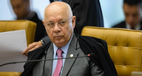 Juez de la Corte Suprema de Brasil Teori Zavascki, que investigaba el caso Lava Jato, sobre la red de corrupción Petrobras. LA PRENSA/EFE/FERNANDO BIZERRA JR